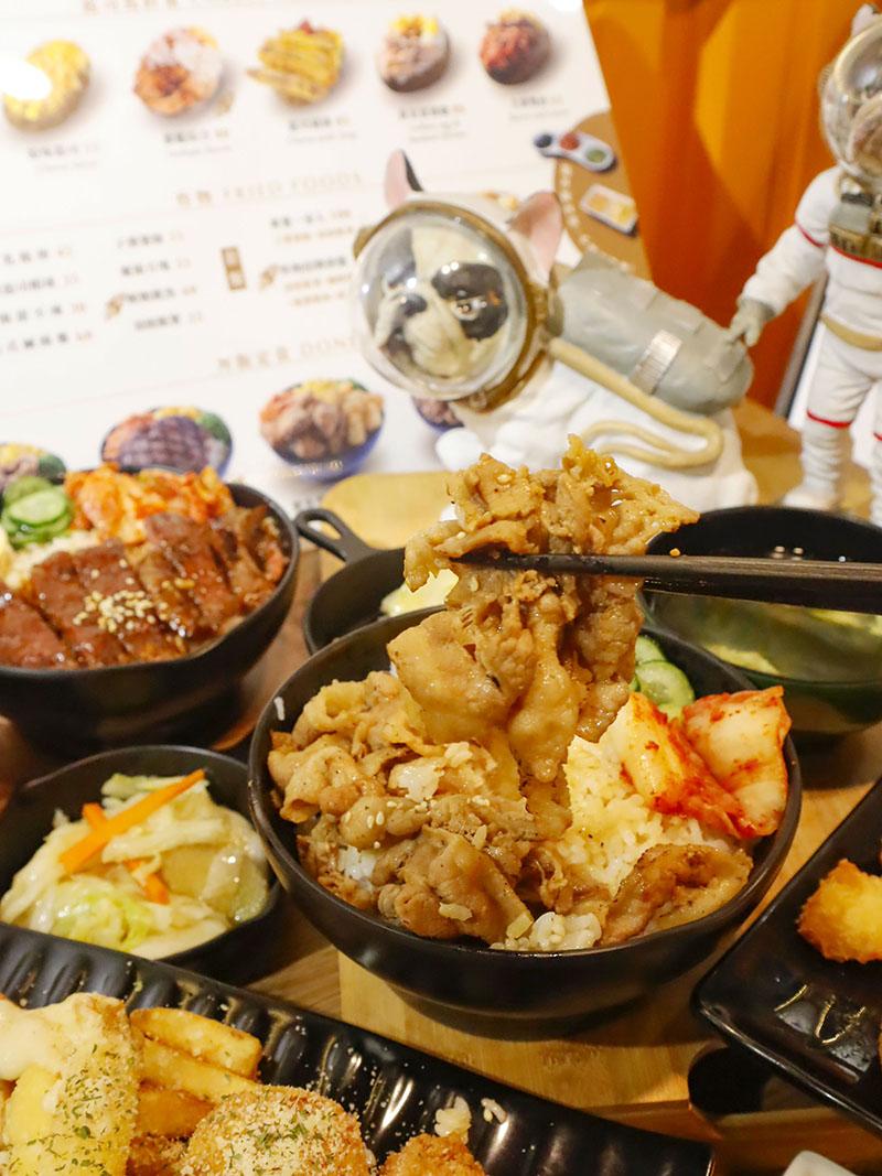 新竹下午茶 太空總薯 起司控 馬鈴薯 炙燒牛排 丼飯 小菜 飲料暢飲